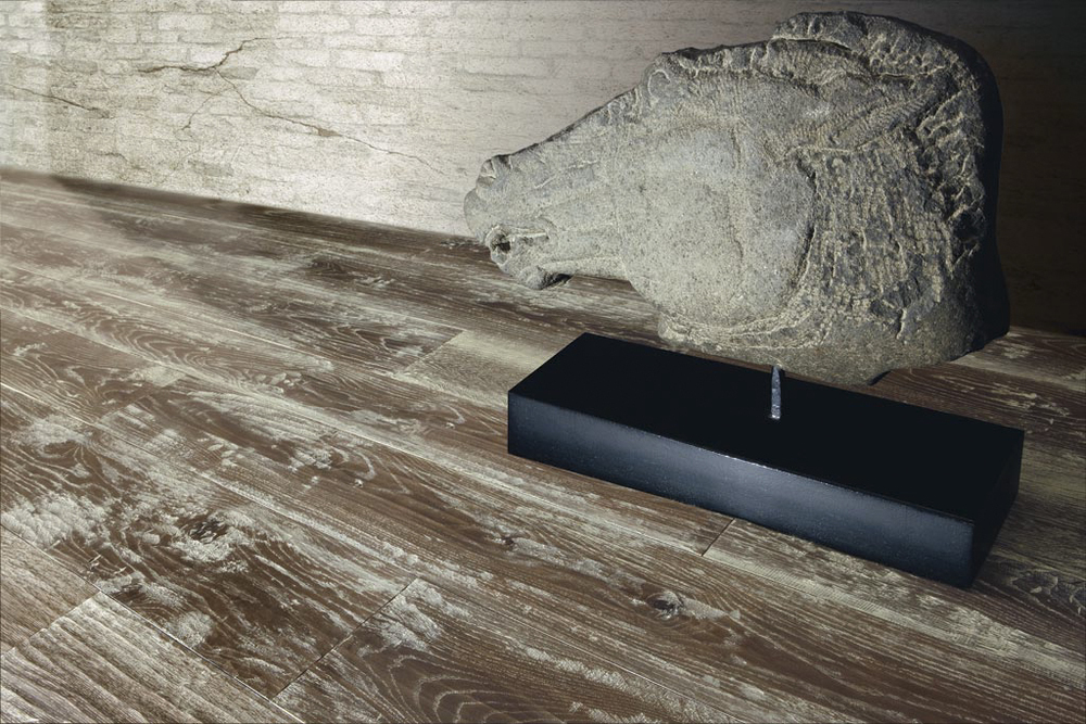 AA New Millennium Rusticone European Oak Hand-Planed Moka Varnished.