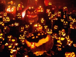 Invasion of the Jack o' Lanterns (picture: bumblingacrossletterboxes.blogspot.com)