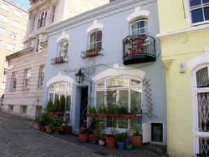 pastel pied-a-terres (credit:www.halfapercent.co.uk)