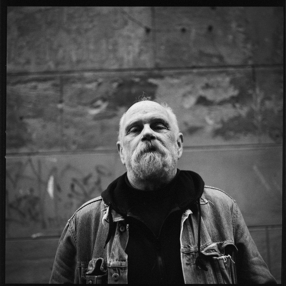 Robert van der Molen - portret fotograaf - groningen - cafe mulder