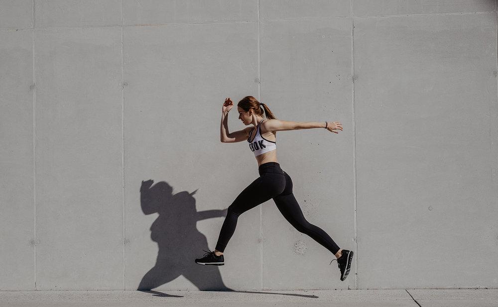 wearing :  sports bra - Reebok leggings -  Lux High Rise Tight   sneakers - Reebok Crossfit Nano 8 Flexweave