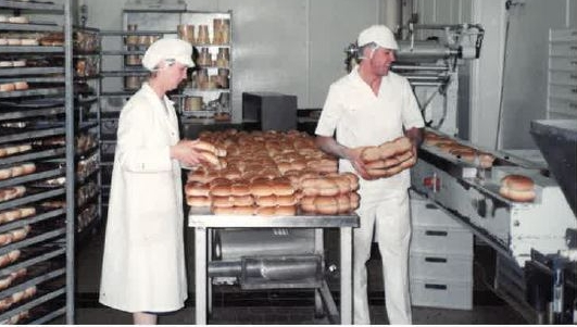 Old Pic of bakery.JPG