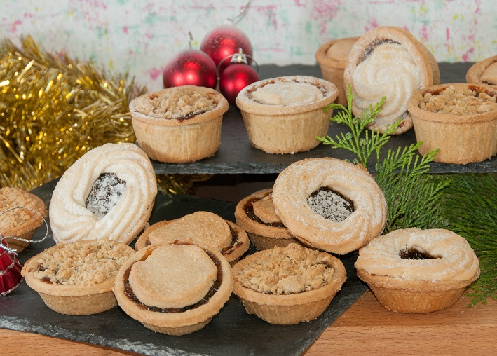 Mince Pies Group paint.jpg