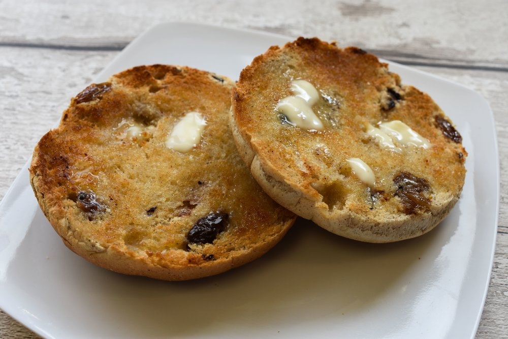 Spiced and Fruited Teacakes