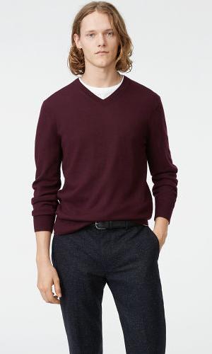Merino V-Neck Sweater  HK$1,090