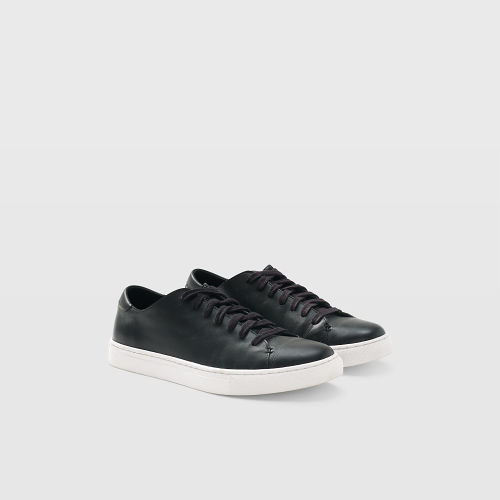 Club Monaco Leather Sneaker   HK$1190