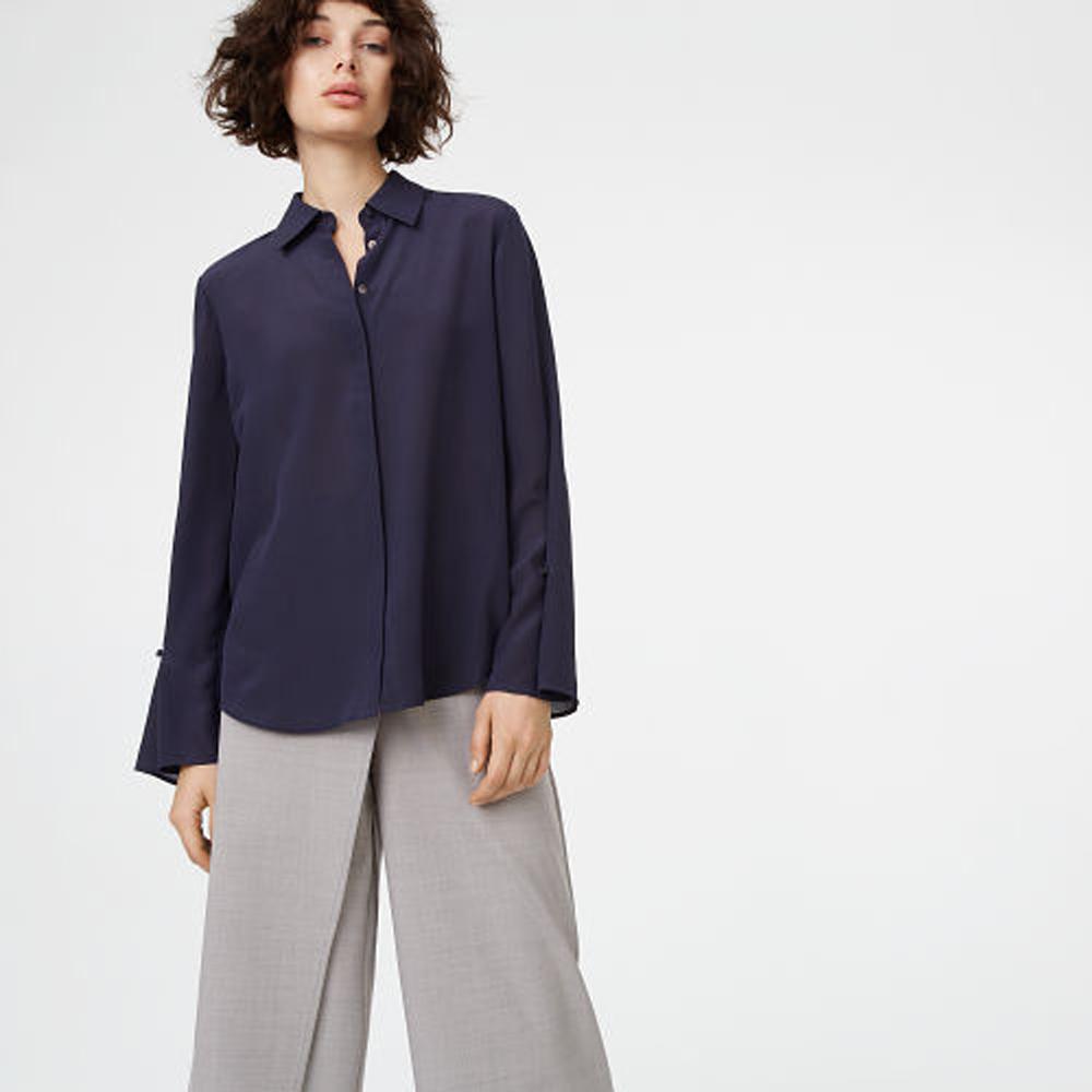 Gaelinda Silk Shirt   HK$1,690