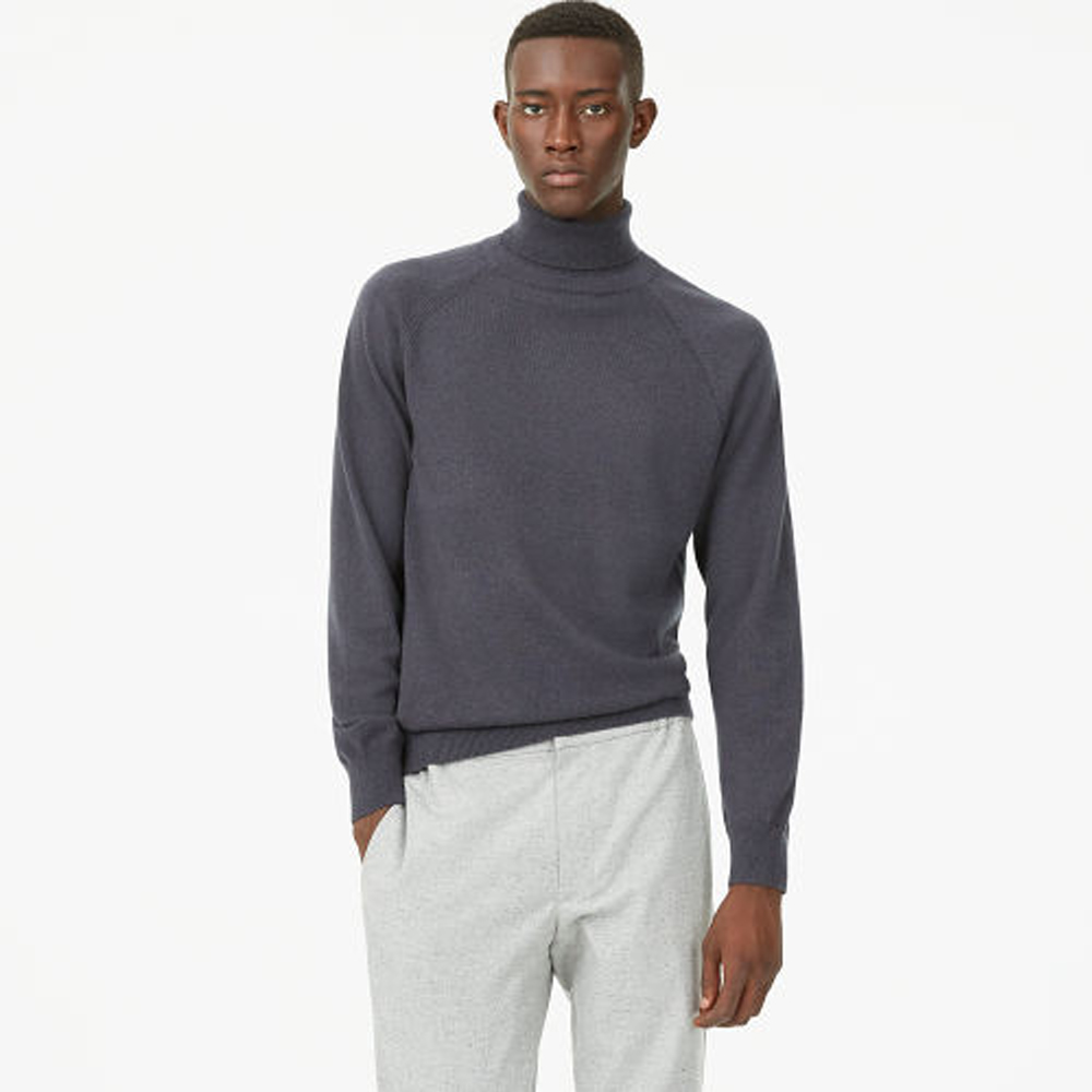 Cashmere Turtleneck   HK$3,090