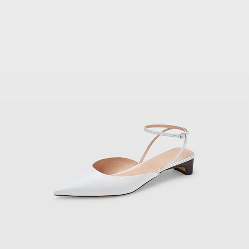 Ambrah Low-Heel  HK$3,190