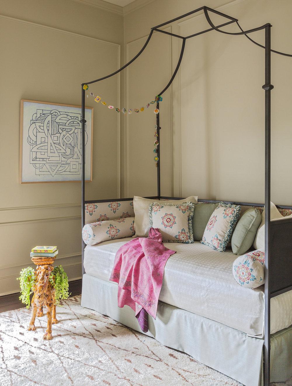 Colleen Waguespack-Massengale_guest room-3021.jpg