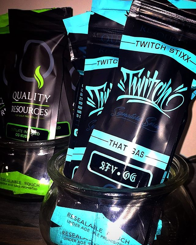 Try out a @twitchstixx @twitchthis8's signature pre roll from @qualityresources! 🔥🔥🔥🔥🔥🔥🔥🔥🔥🔥 #westmontcollective #qualityresources #twitchstixx #preroll #thatgas #sfvog #ogkush #dank #cannabis #ladispensary #cleanmeds #hightimesmagazine #weedmaps #dopemagazine #thehighsociety #stoner #weed #cannabiscommunity #thc #420