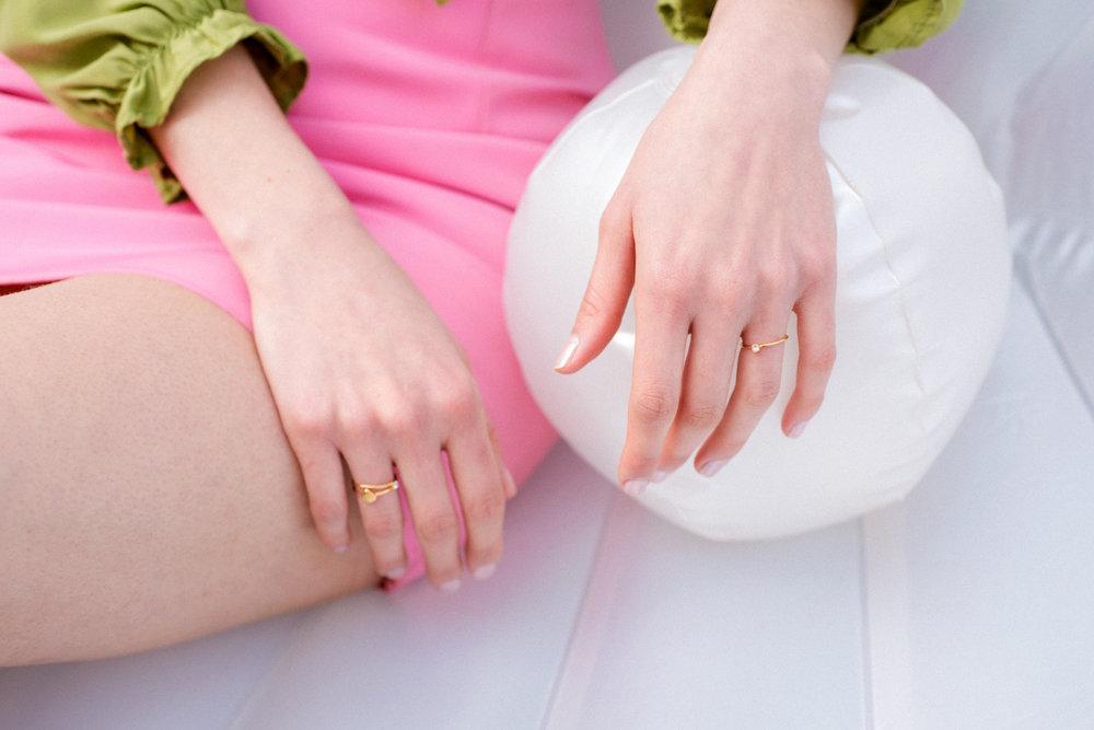 louise-damas-bijoux-ondine-bagues-fine-coquillage-sertie-vermeil.jpg