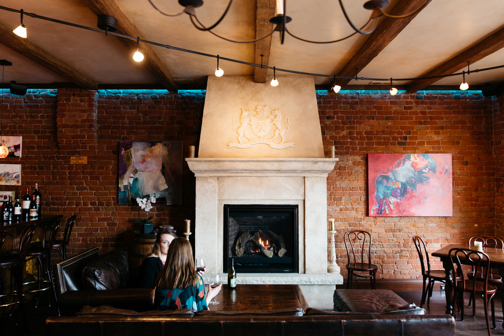 tlb-upstairs-wine-bar-occ-elan-photographie-studio-31.jpg