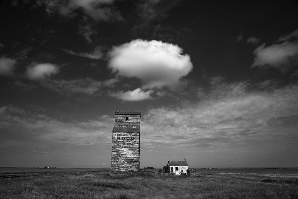 Dankin_Grain_Elevator_Saskatchewan_3
