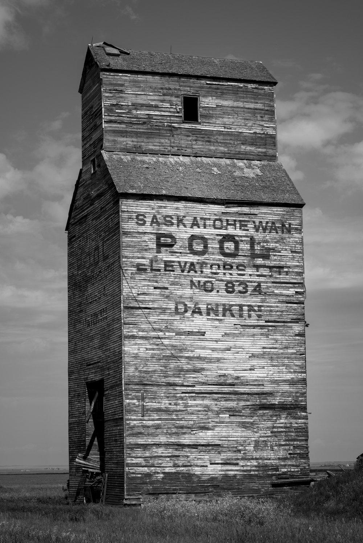Dankin_Grain_Elevator_Saskatchewan_4