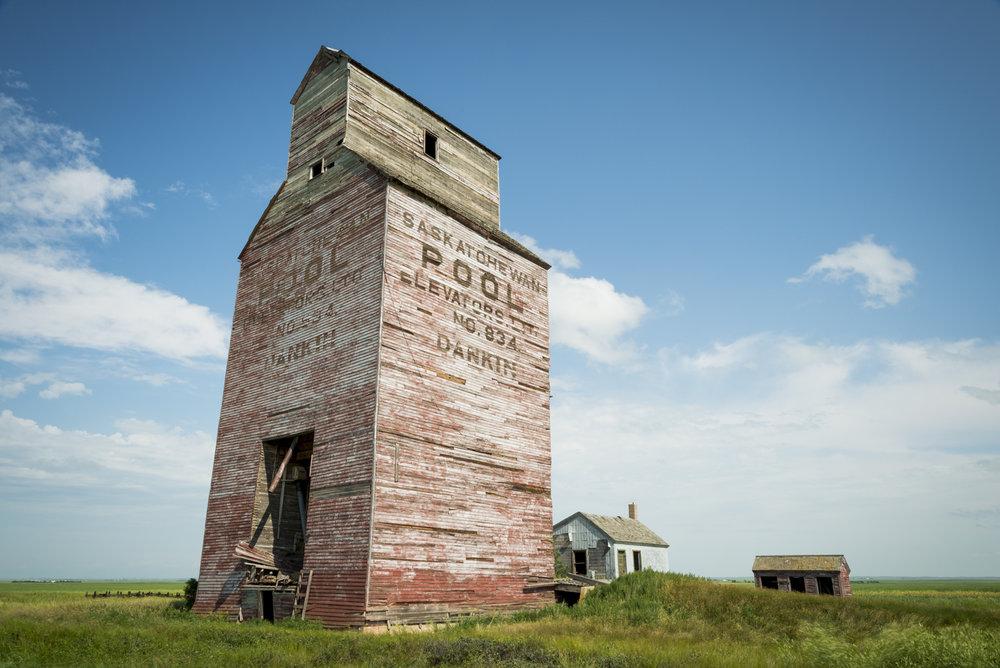 Dankin_Grain_Elevator_Saskatchewan_8