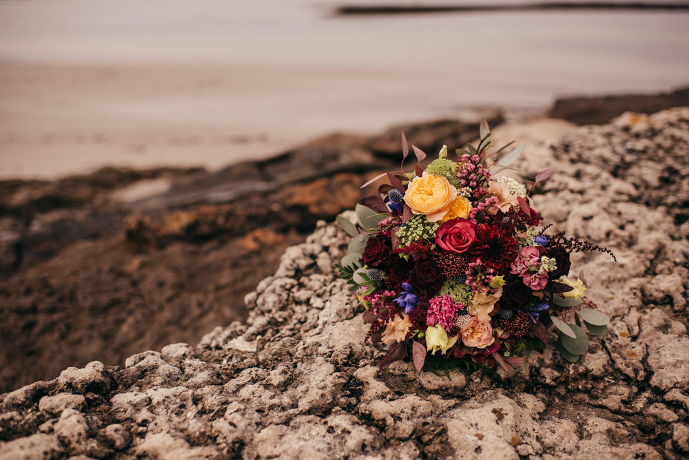 Autumnal wedding flowers