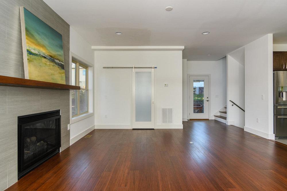 50 Druid Dr Asheville NC 28806-large-007-7-Living Room-1500x1000-72dpi.jpg