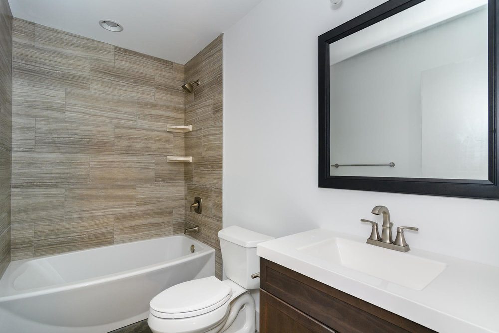 50 Druid Dr Asheville NC 28806-large-024-21-Bathroom-1500x1000-72dpi.jpg