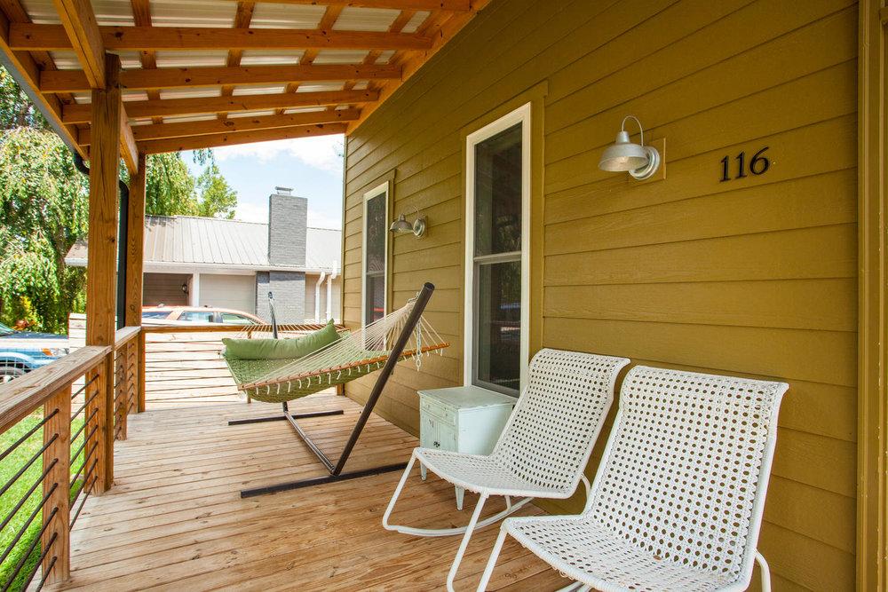 116 Hudson St Asheville NC-large-005-22-Front Porch-1500x1000-72dpi.jpg