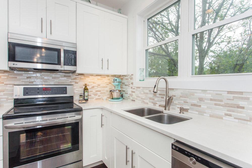116 Hudson St Asheville NC-large-014-4-Kitchen-1500x1000-72dpi.jpg
