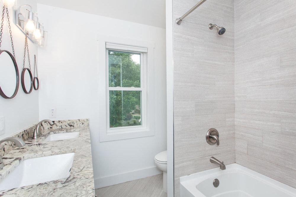 116 Hudson St Asheville NC-large-020-6-Master Bath-1500x1000-72dpi.jpg