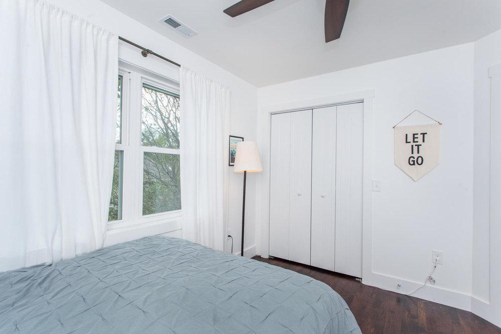 116 Hudson St Asheville NC-large-024-13-Bedroom-1500x1000-72dpi.jpg