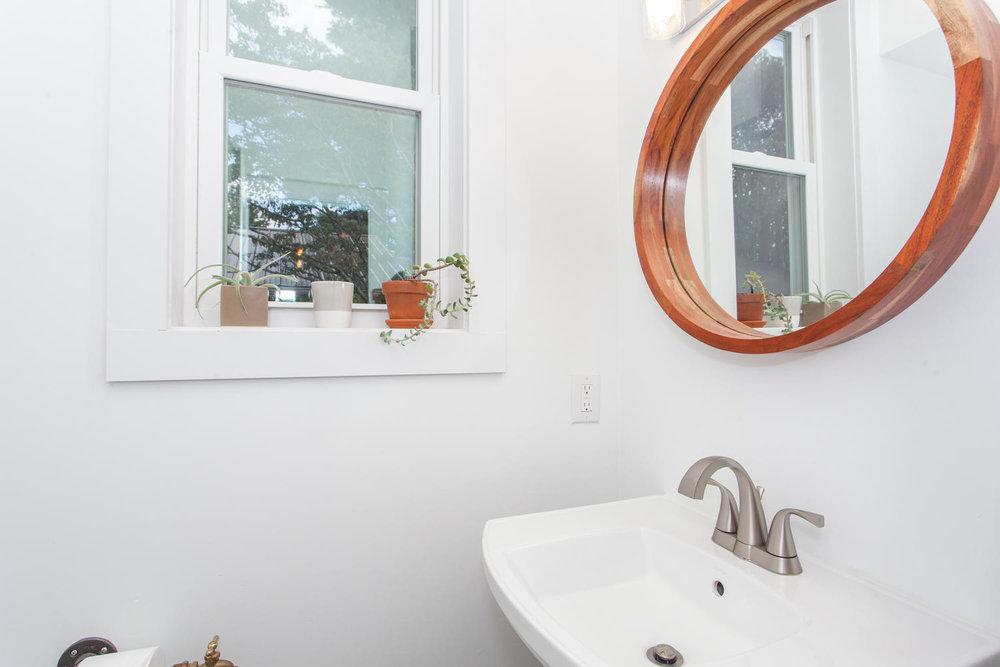 116 Hudson St Asheville NC-large-025-23-Bathroom-1500x1000-72dpi.jpg