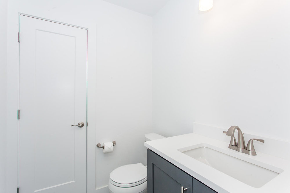 29 Lundy Ln Waynesville NC-large-026-22-Bathroom-1500x1000-72dpi.jpg