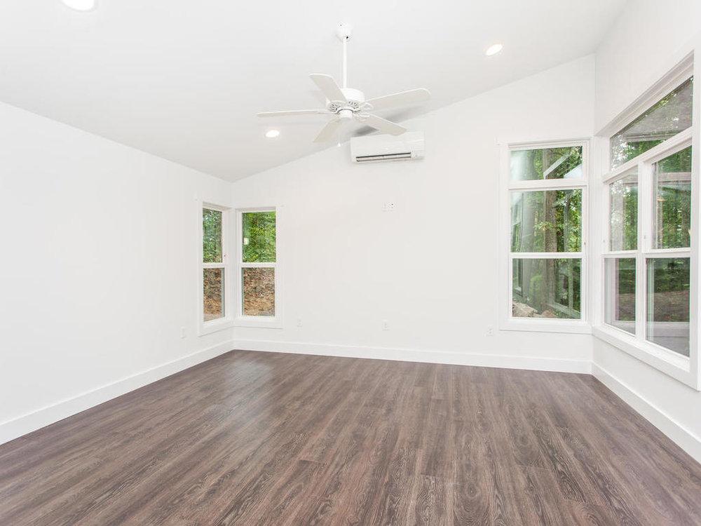 41 Granite Cliff Court-010-23-Living Room-MLS_Size.jpg