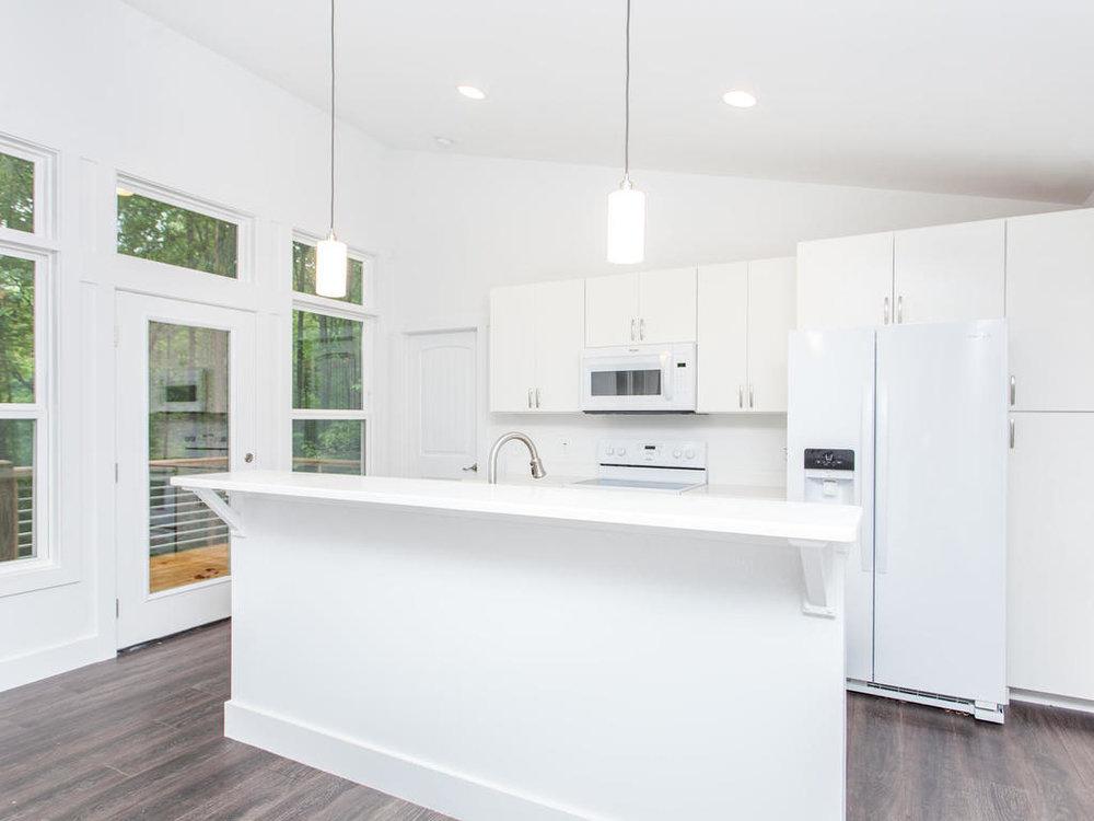 41 Granite Cliff Court-013-14-Kitchen-MLS_Size.jpg