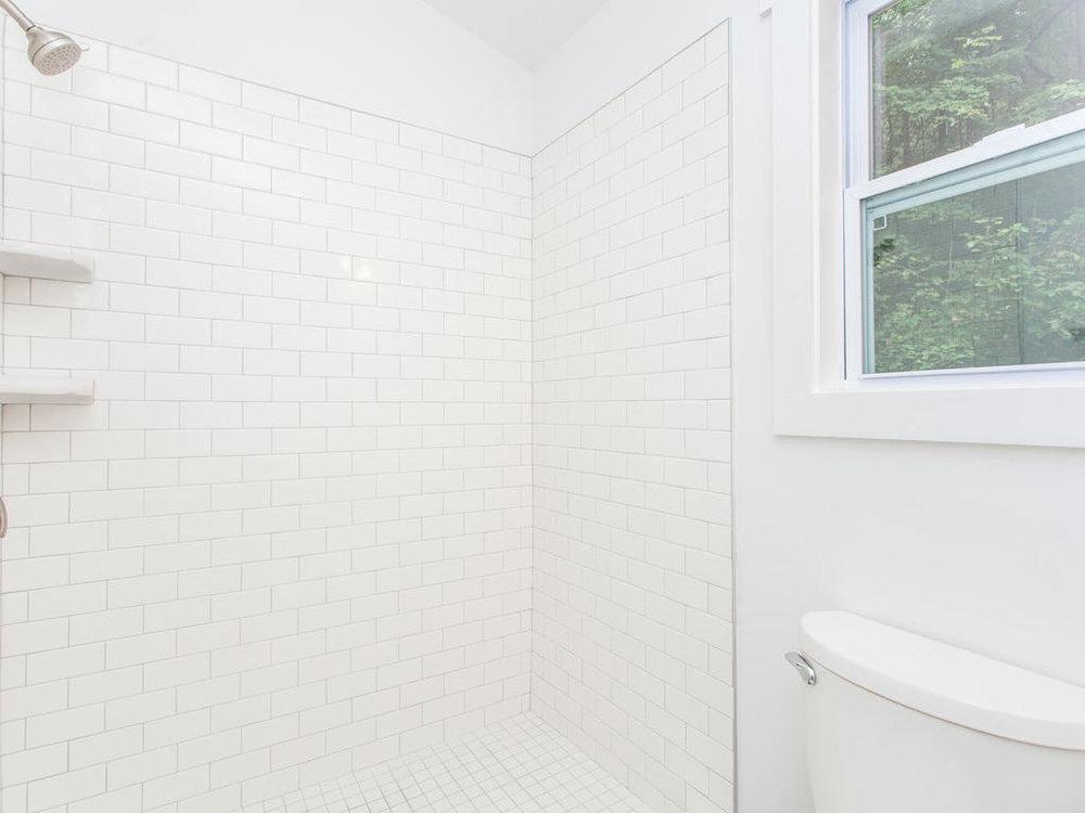 41 Granite Cliff Court-022-13-Bathroom-MLS_Size.jpg