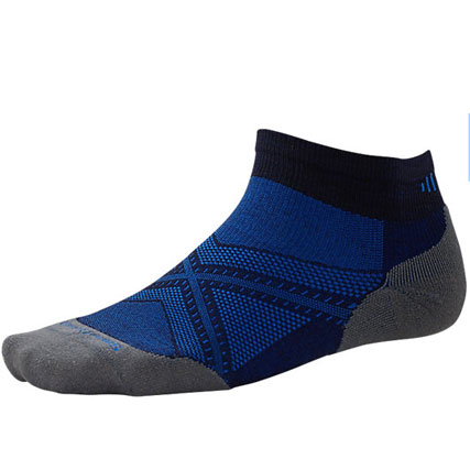 PhD Run light Elite Low Cut: The Light Elite cushioning on this sock might just change your life. Cushioning is placed only where runners need it– on the ball of the foot and the heel. And the low cut height is that ideal balance of protection and style.