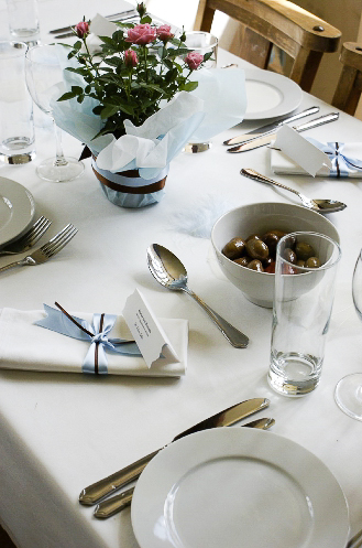 The Plate People - Table Setting