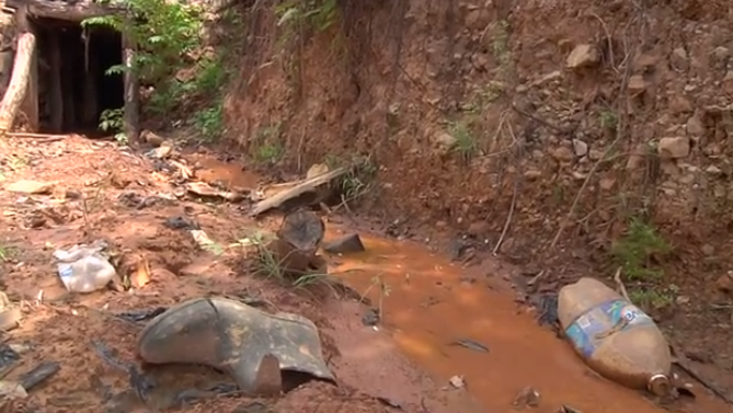 gold-water-mining-el-salvador.png