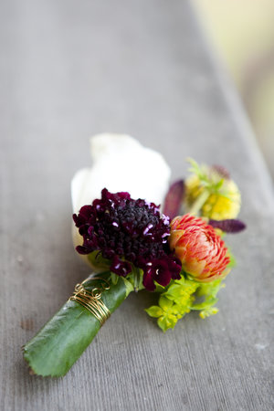 Colorful wedding boutonniere