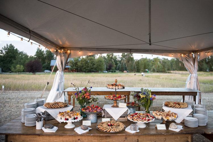 Wedding dessert table design