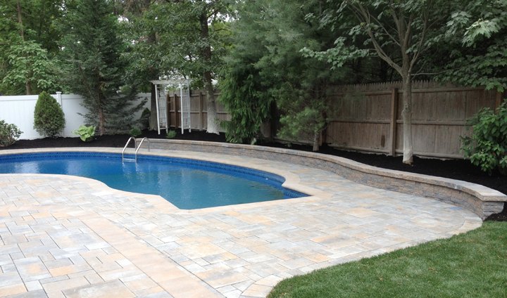 Pool landscaping ideas 5 tips on the best and worst for Pool design long island