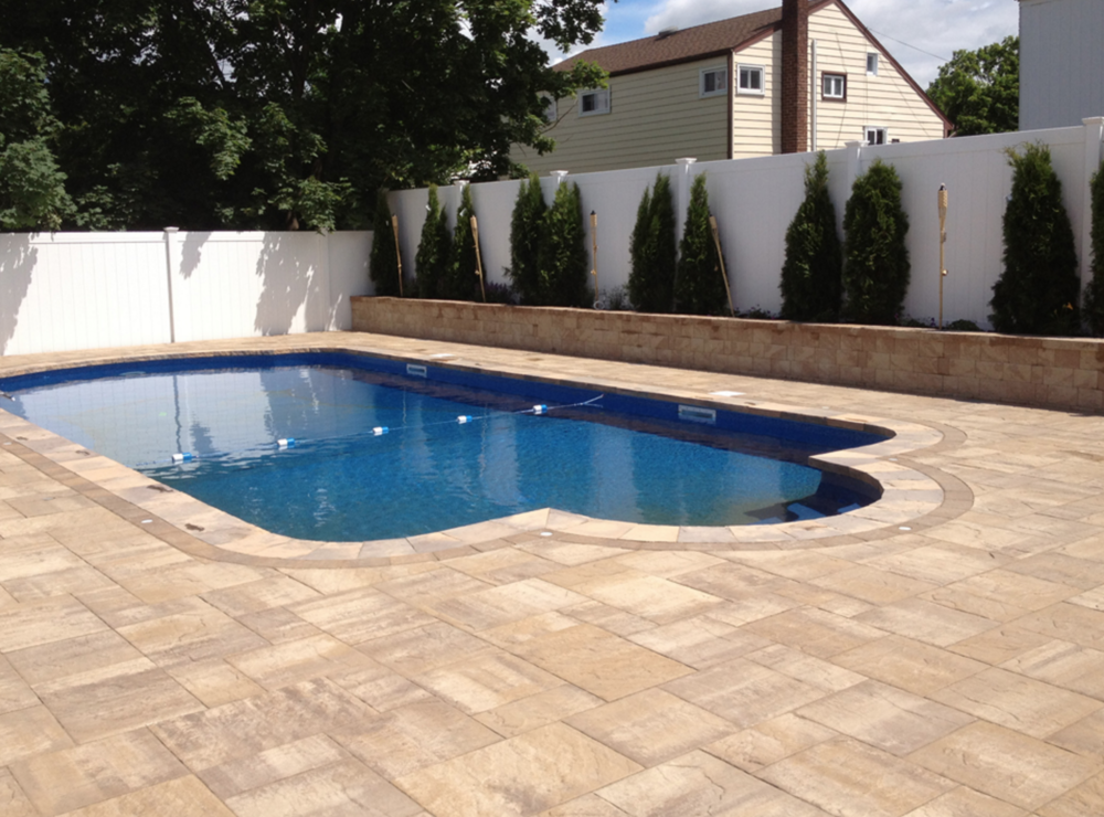 swimming pool patio in Wantagh, NY