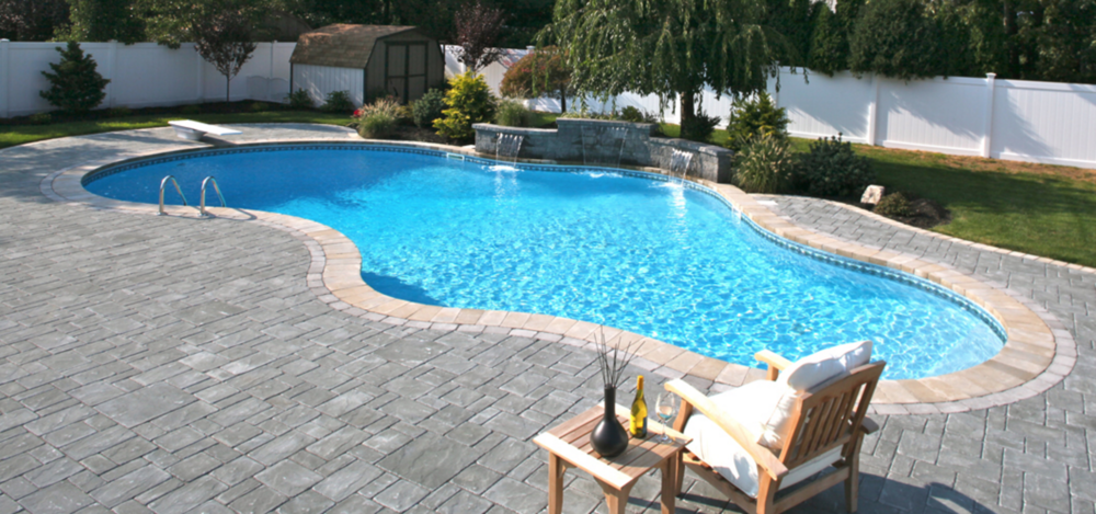 free form swimming pool design in Smithtown, NY