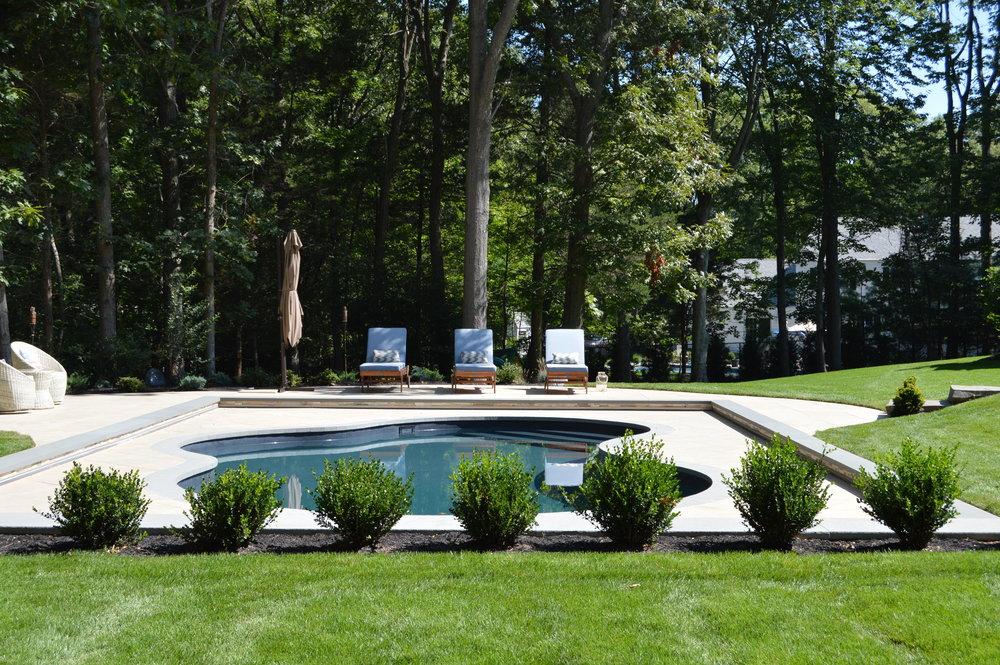 Smithtown, NY swimming pool patio design