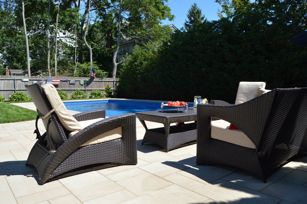 Babylon, NY swimming pool patio and landscape design