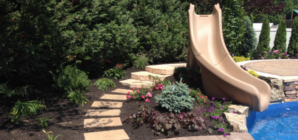 Smithtown, NY landscape lighting and swimming pool