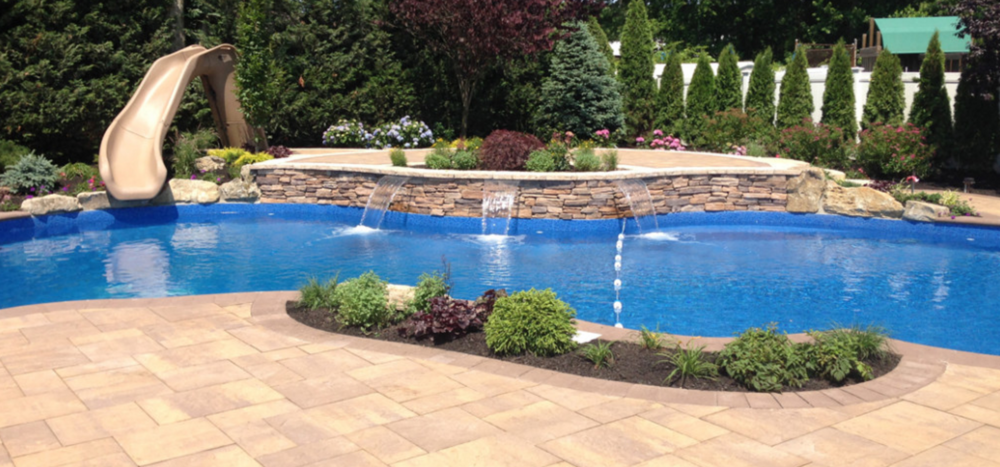 Smithtown, NY swimming pool waterfall