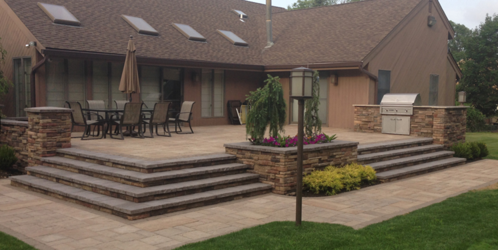 concrete paver patio and steps in Melville, NY