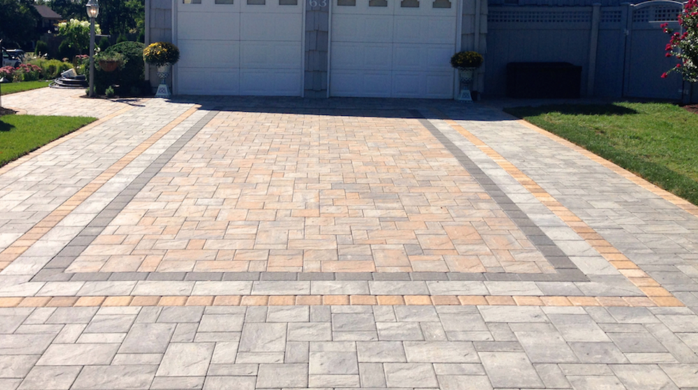 concrete paver driveway in Dix Hills, NY