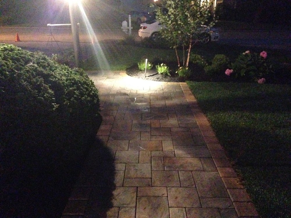 Smithtown, NY outdoor lighting on steps and patio