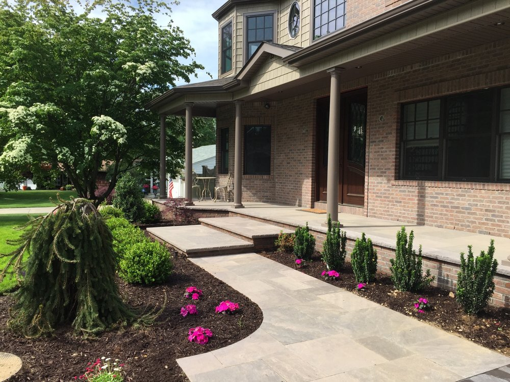 front entrance and landscape design in Long Island, NY