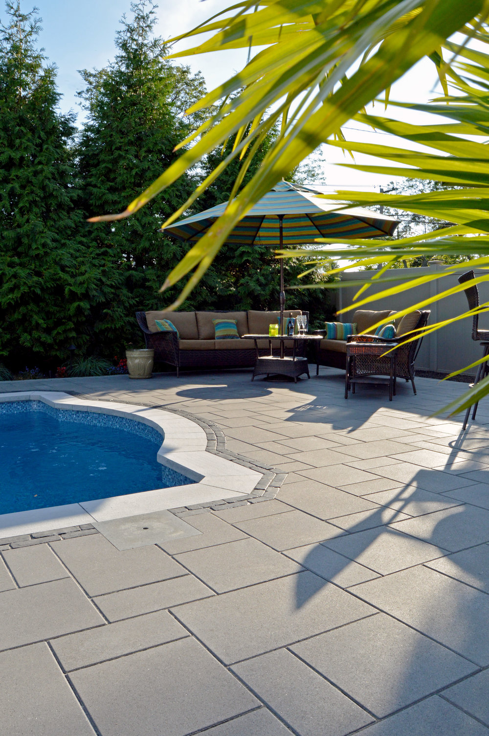 hicksville, NY swimming pool and patio