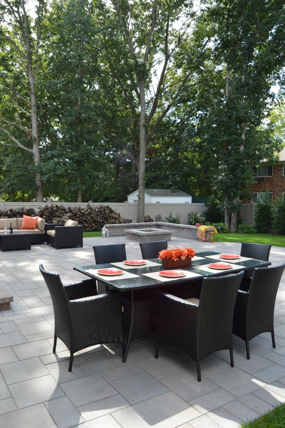 Nesconset, NY outdoor dining area